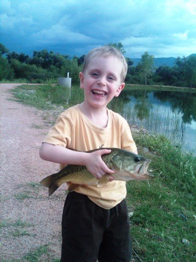 Click image for larger version  Name:Copy of Nicholas Big Bass July 28 '10.jpg Views:767 Size:58.3 KB ID:17166